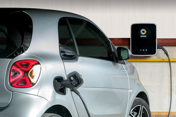 Immer unter Strom: Unser e-Smart